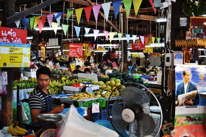 Visite du marché local à Chiang Mai.