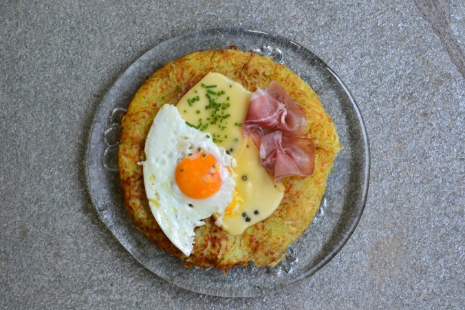 plat suisse, roesti oeuf jambon fromage, galette frie, croustillant, montagnard