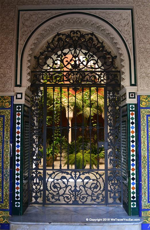 patio dans les rues de Santa Cruz
